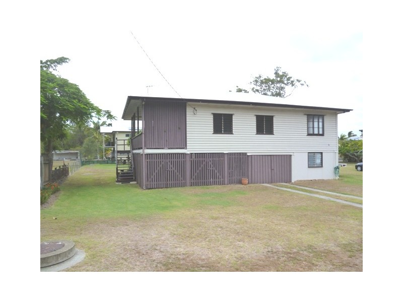 6 Burrum Heads Road, Burrum Heads QLD 4659