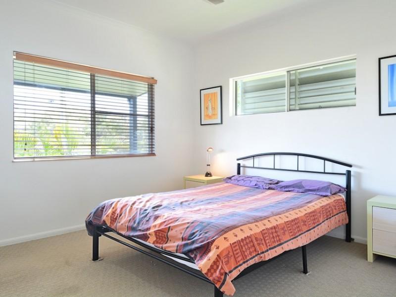102 Riverview Drive, Burrum Heads QLD 4659