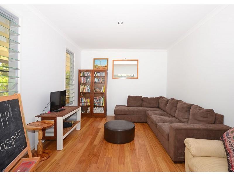 40 Dreamtime Ave, Burrum Heads QLD 4659