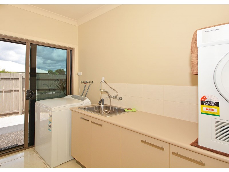 2 Lilly Pilly Dve, Burrum Heads QLD 4659