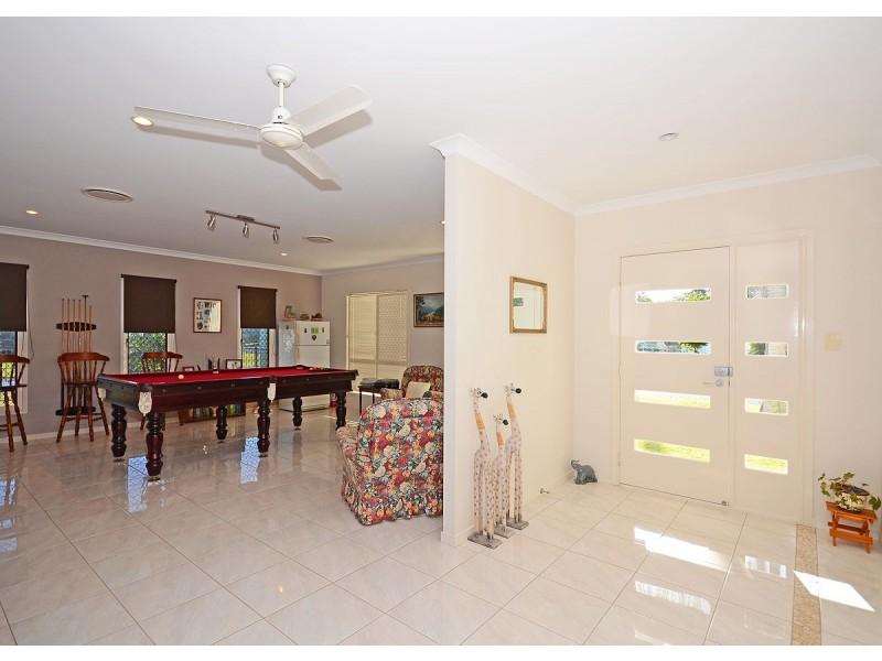 38 Ross Street, Burrum Heads QLD 4659