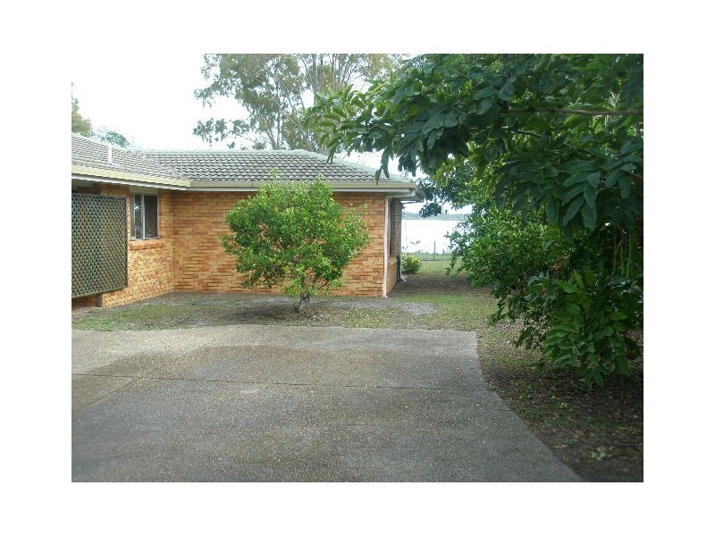 74 Riverview Drive, Burrum Heads QLD 4659