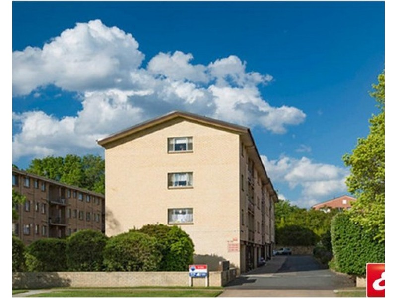 19/52 Trinculo Place, Queanbeyan NSW 2620