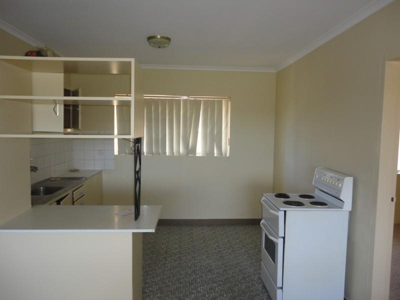 24/67 Macquoid Street, Queanbeyan NSW 2620