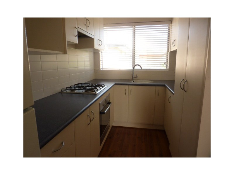 4/18 Broughton Place, Queanbeyan NSW 2620