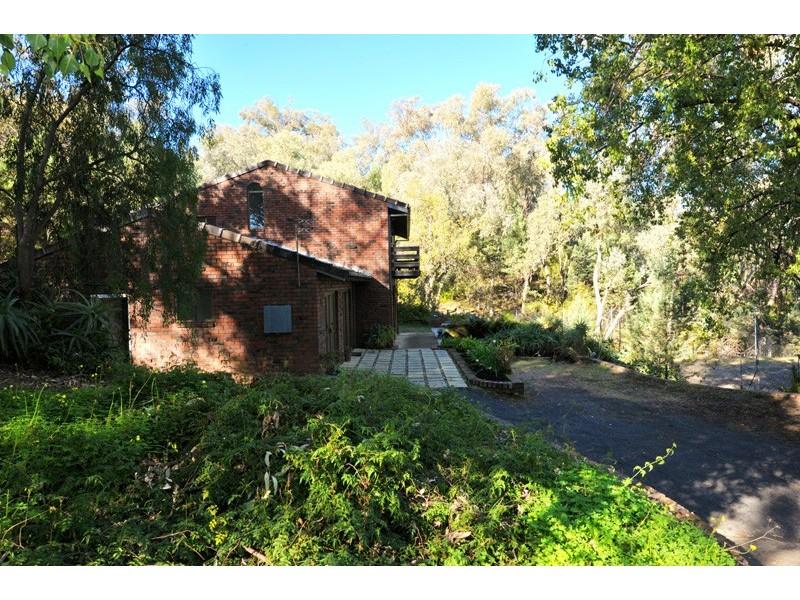 14 Mornington Crescent, Moore Creek NSW 2340