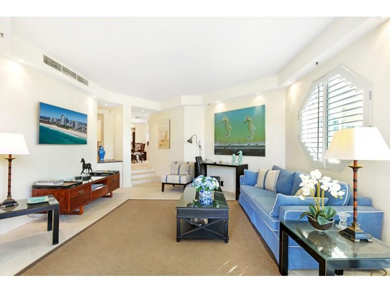 Villa 10 Pacific Mirage, Seaworld Drive, Main Beach QLD 4217