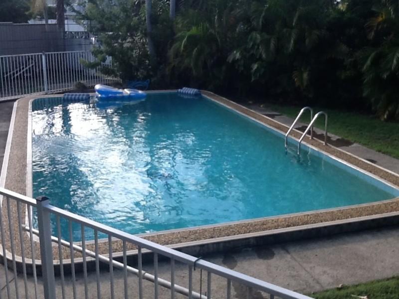 11 Naranga Avenue, Broadbeach Waters QLD 4218