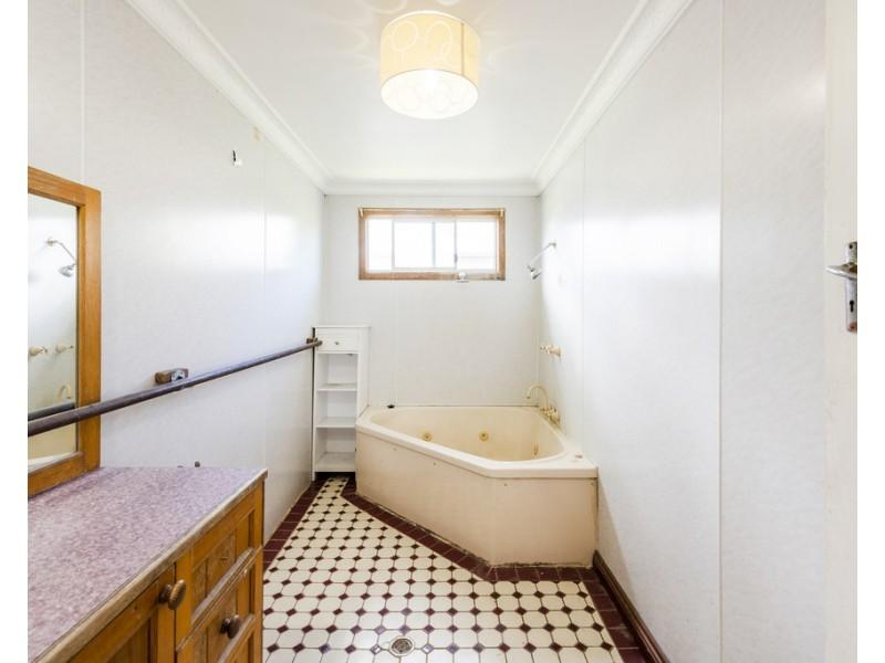 72 Milton Street, Grafton NSW 2460