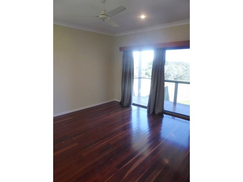 13 Lake Edgecombe Avenue, Junction Hill NSW 2460