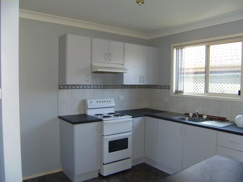 18 Roulstone Crescent, Sanctuary Point NSW 2540