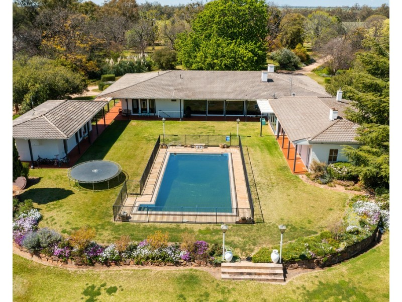 2354 Back Morundah Road, Morundah NSW 2700