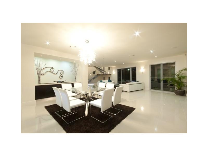 90 Monaco Street, Broadbeach Waters QLD 4218