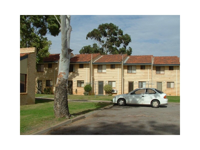 4/125 RAILWAY STREET, Bluff Point WA 6530