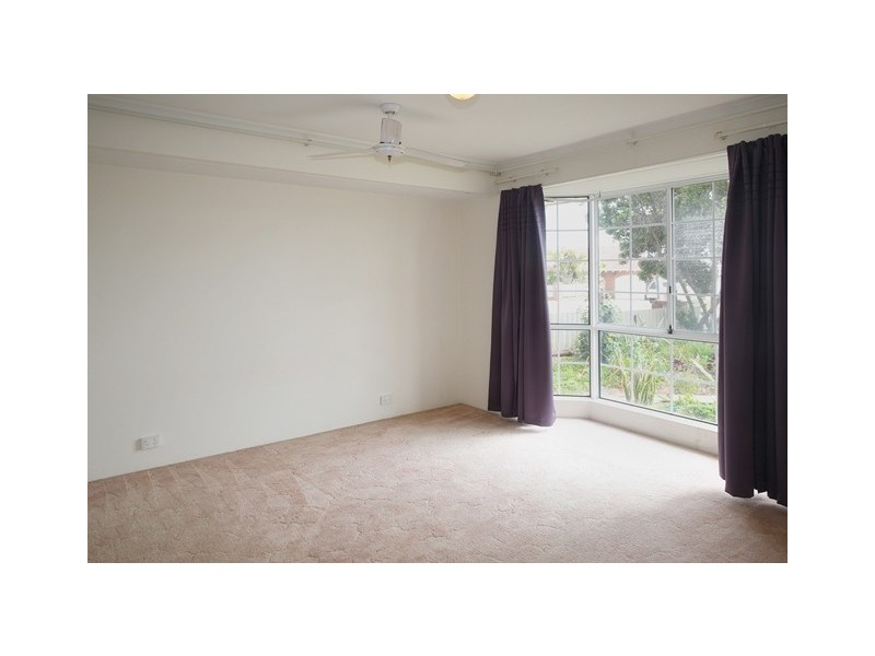 27 Glass Crescent, Mahomets Flats WA 6530