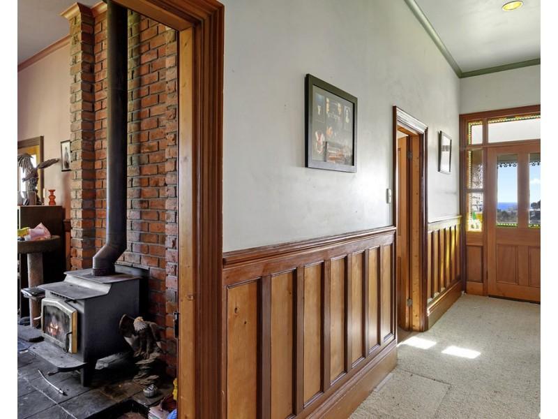 2 Ironcliffe Court, Penguin TAS 7316