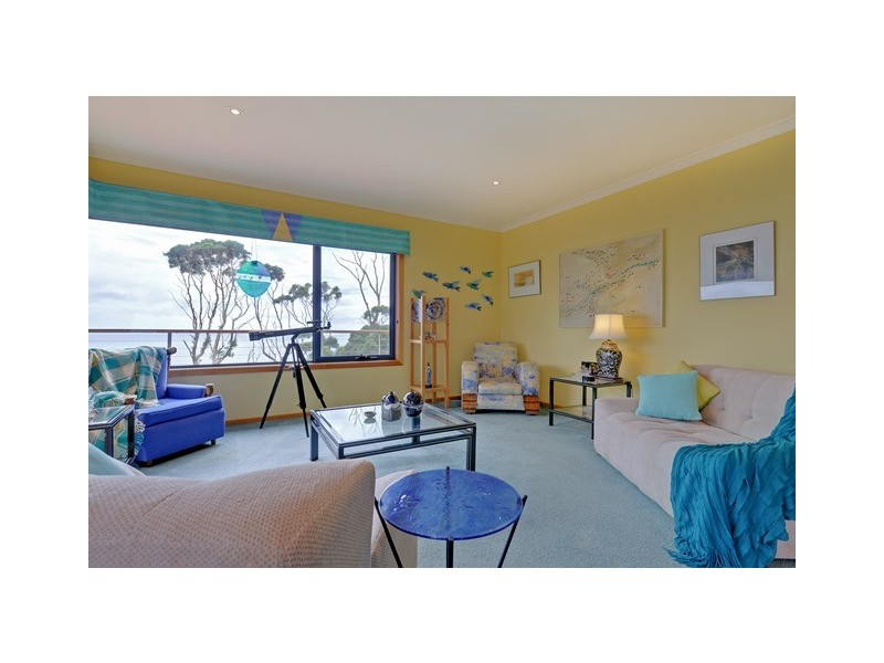 494 Tollymore Road, Table Cape TAS 7325