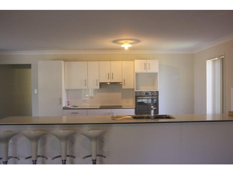 28 Stanaway Place, Bellbowrie QLD 4070