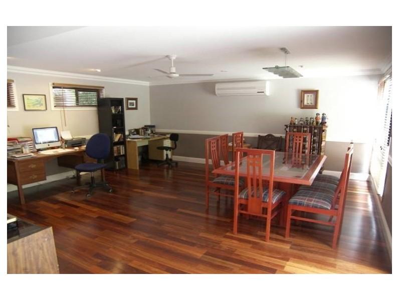 14 Diosma Street, Bellbowrie QLD 4070
