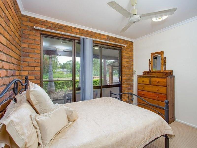 32 Stuart St, Barellan Point QLD 4306