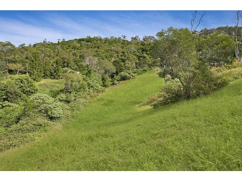 534 Savages Road, Brookfield QLD 4069