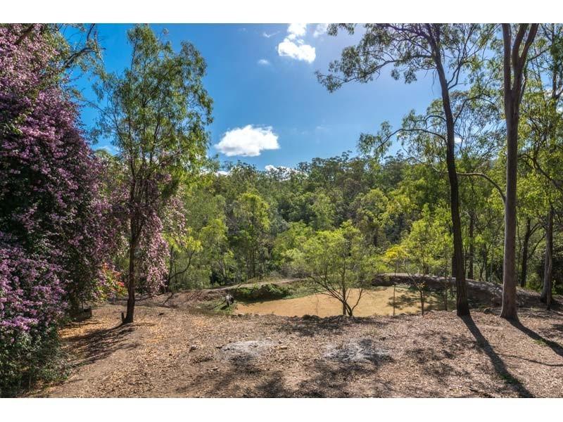 25 Moledina Cr, Mount Crosby QLD 4306