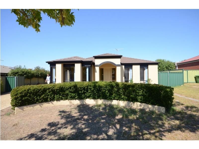 73 Hartigan Street, Thurgoona NSW 2640