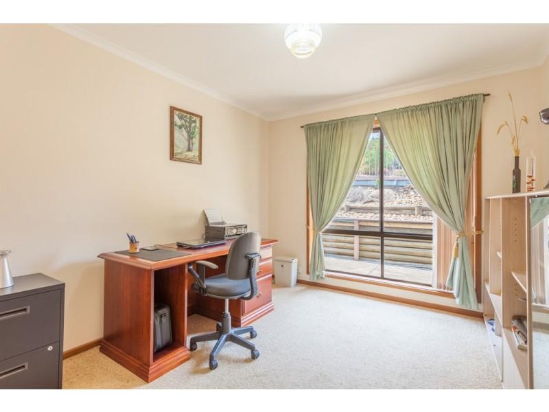 405 Carlma Crescent, Lavington NSW 2641
