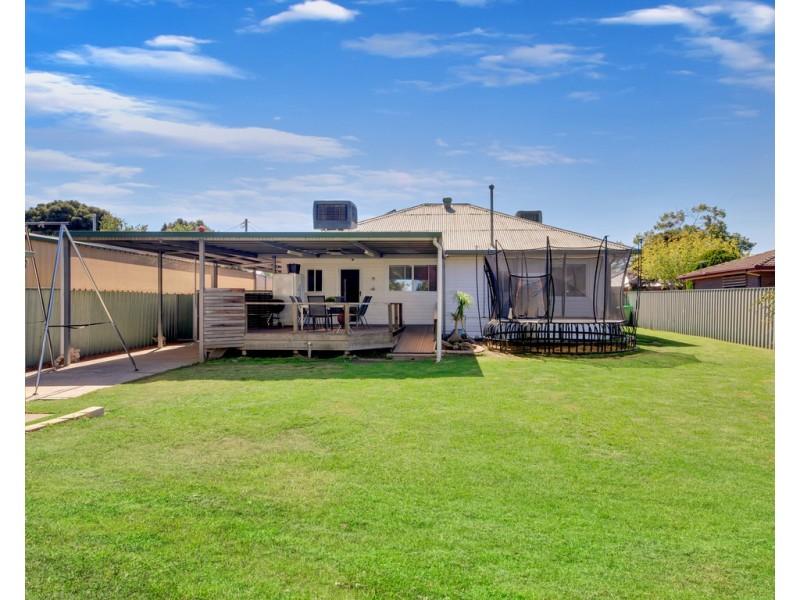 529 McDonald Road, Lavington NSW 2641 Floorplan