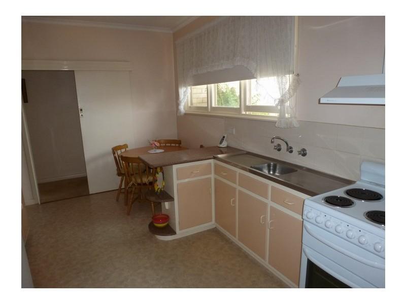 19 High Street West, Ararat VIC 3377