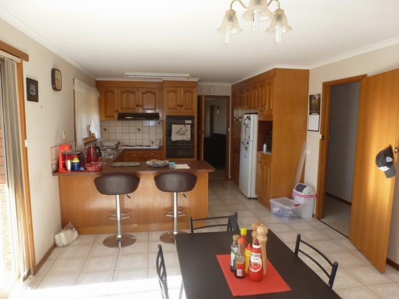 40 Hucker Street, Ararat VIC 3377