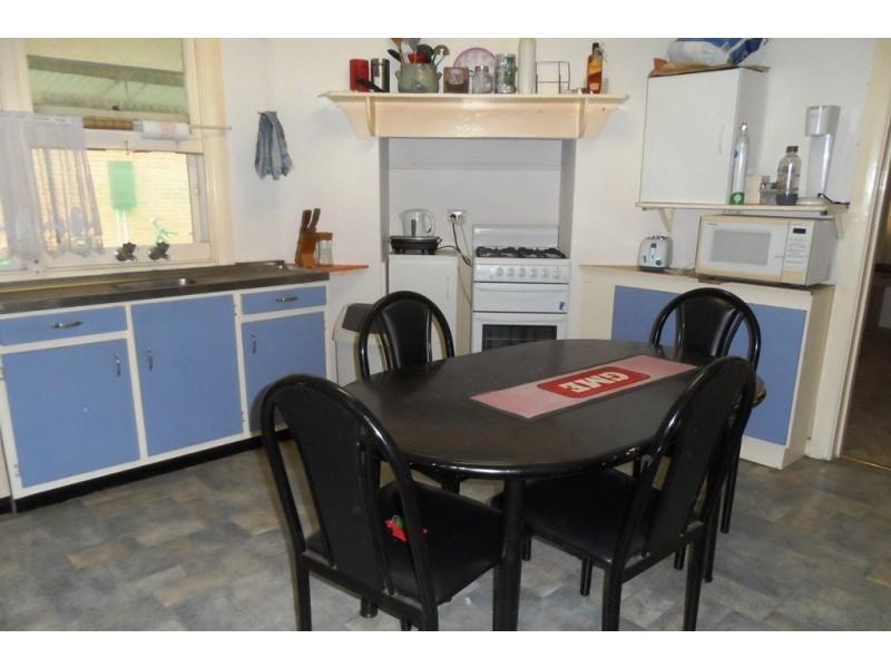 8 Pomroy Crescent, Lyrup SA 5343