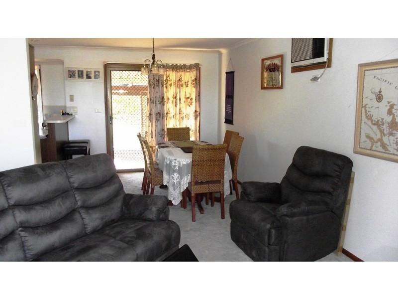 21 Downer Avenue, Lyrup SA 5343