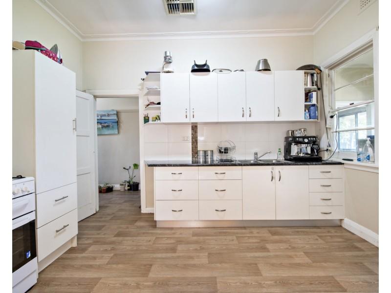 19 GOODE STREET, Dubbo NSW 2830