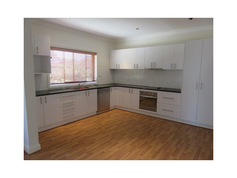 15 Larmer Street, Narrandera NSW 2700