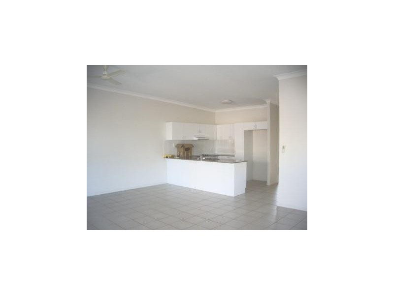 6/53-55 Kings Road, Hyde Park QLD 4812