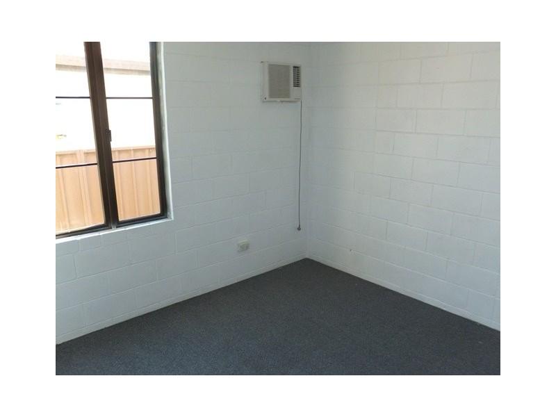 5 Buchanan Street, Mount Louisa QLD 4814