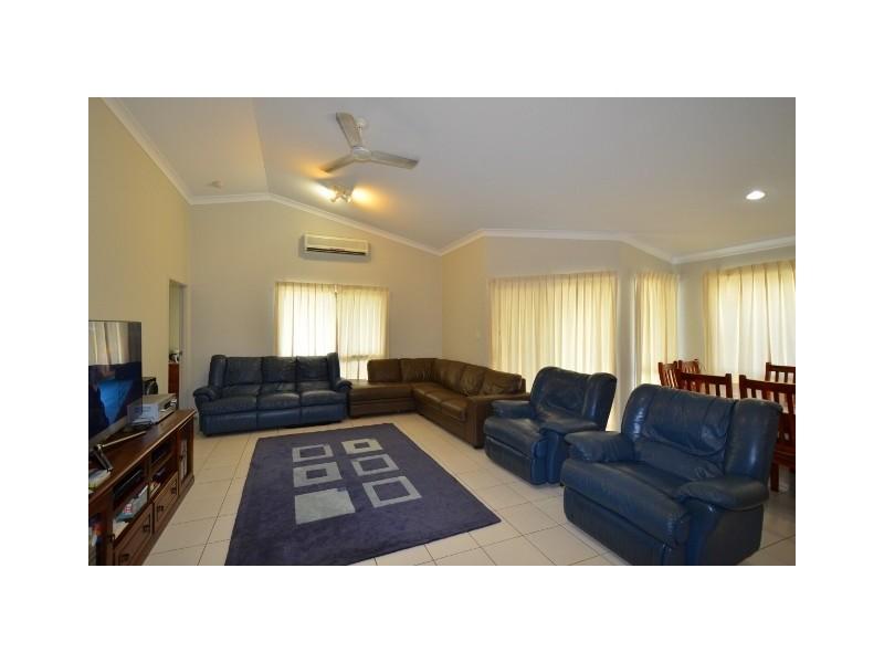 16 Eungella Court, Bushland Beach QLD 4818