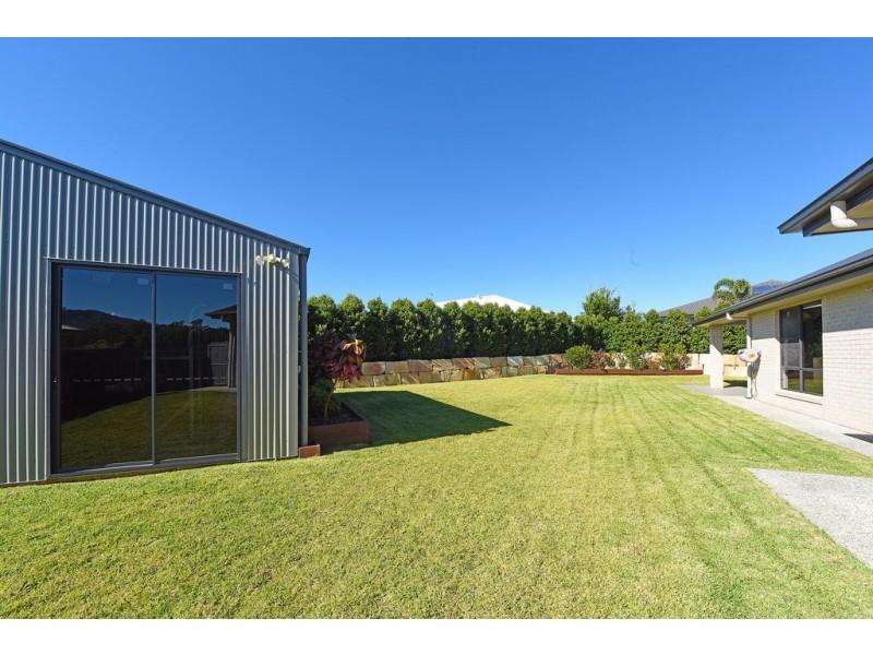 8 Speargrass Court, Beerwah QLD 4519