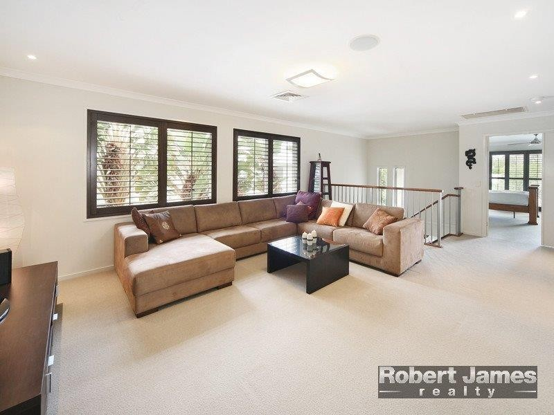 5 Inverness Place, Peregian Springs QLD 4573