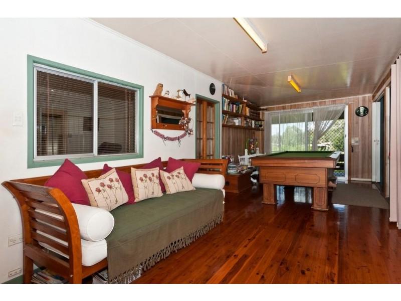 57 Penfolds Rd, Murphys Creek QLD 4352