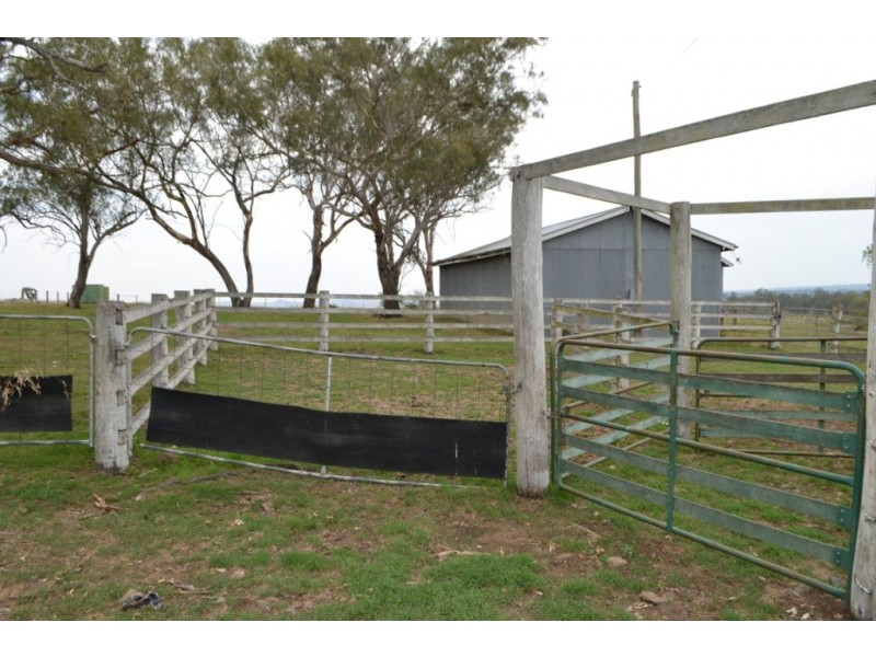 30 Abels Road, Goombungee QLD 4354