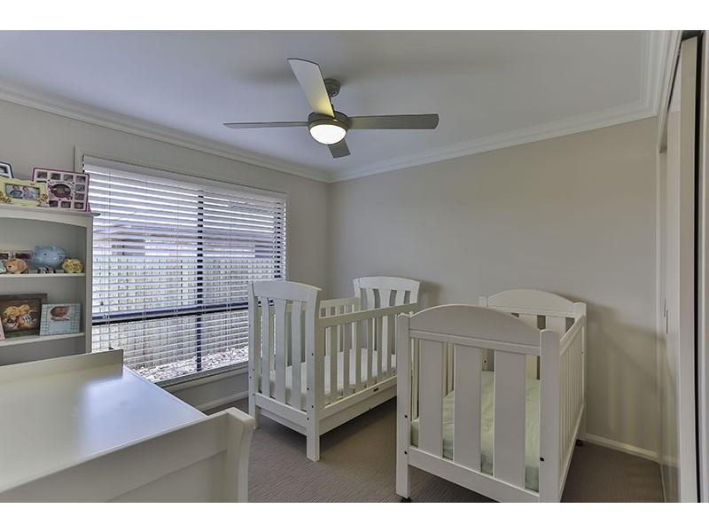 18 Ashford Drive, Wyreema QLD 4352
