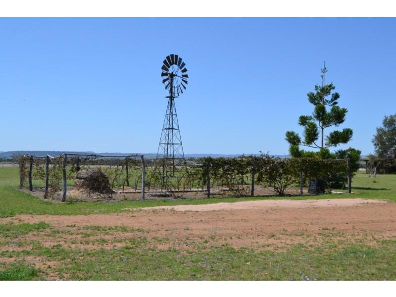 1889 Warwick-Allora Road, Deuchar QLD 4362