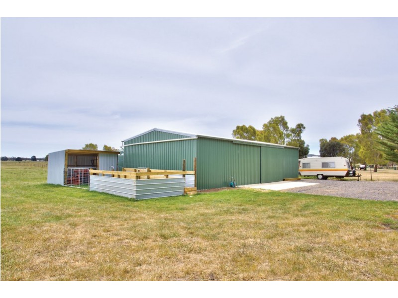 120 Exchequer Road, Cape Clear VIC 3351