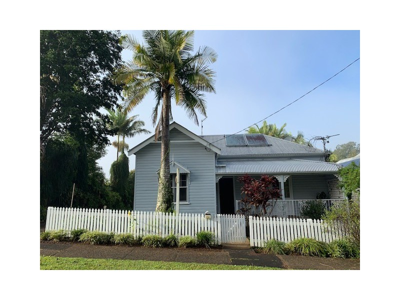 25a LISMORE ROAD, Bangalow NSW 2479