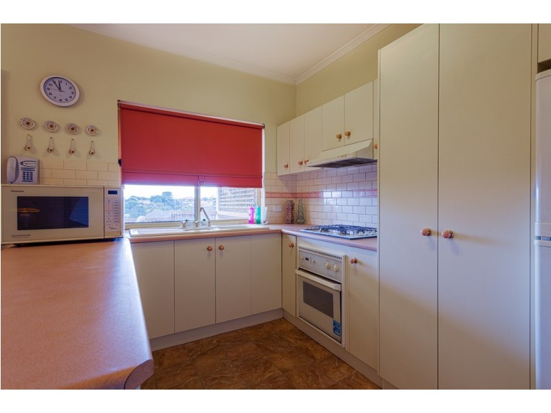24 Balandra Street, Hallett Cove SA 5158