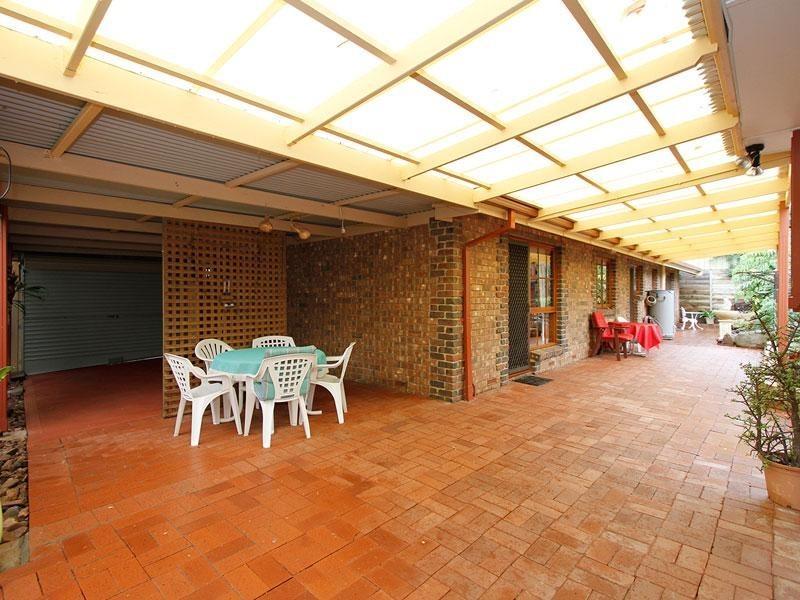 15 Lotus Drive, Aberfoyle Park SA 5159