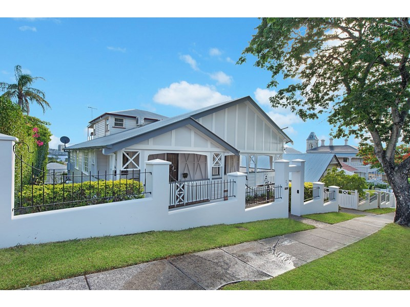 23 Queens Road, Hamilton QLD 4007