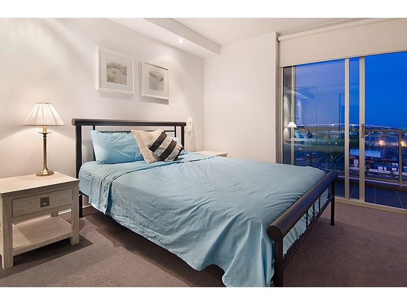 877/43 Hercules Street, Hamilton QLD 4007